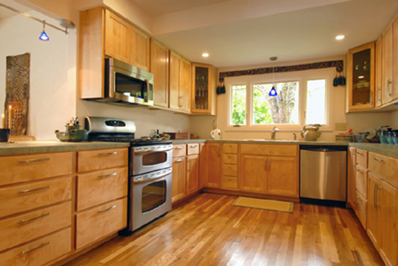 Maple Kitchen Cabinets – Coulbury Design